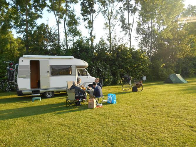 Kamperen - Camping Groningen Internationaal